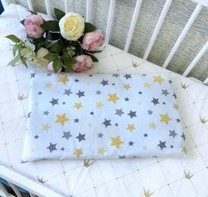 подушка под голову малыша прямоугольная