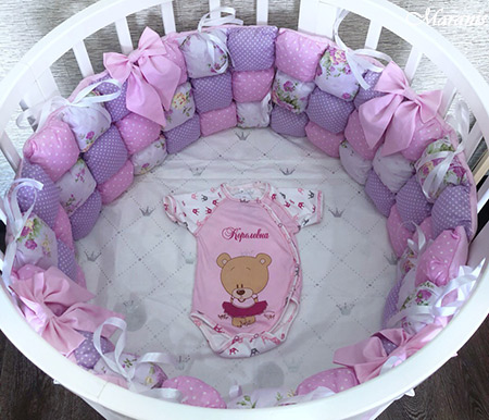 Бортики бонбон в круглую кроватку
