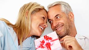 Что подарить любимой на день рождения после 30?